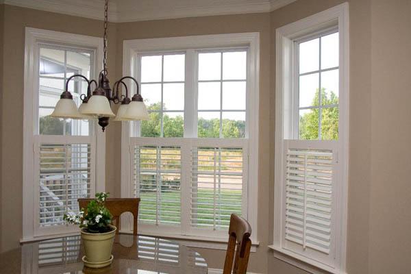 Establishing Interior Wooden wooden shutters