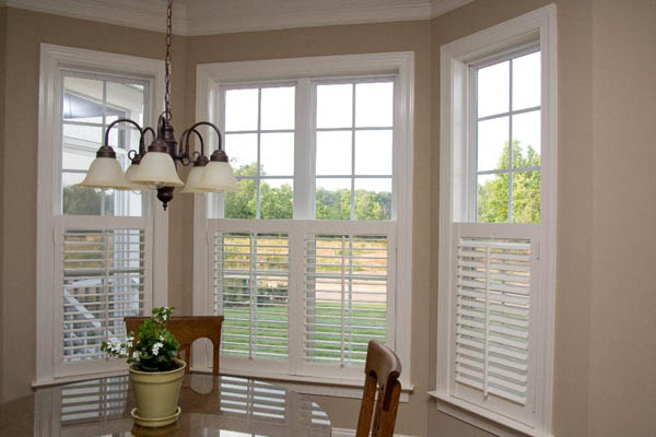 Establishing Interior Wooden wooden shutters