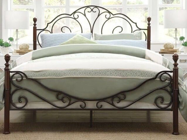 Iron Beds and Their Timelessness